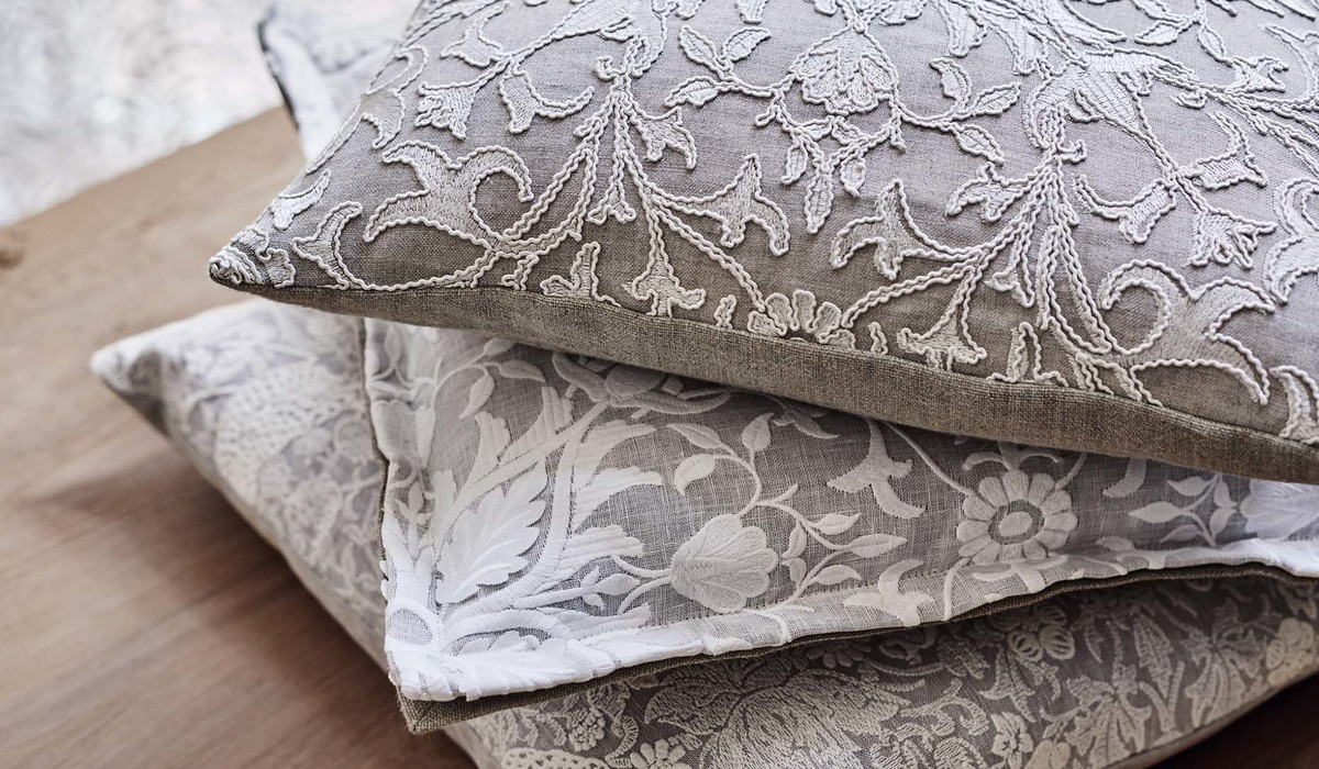 William Morris and Pure FB Cushion Stack DPS Cushion Stack